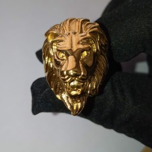 A lion ring